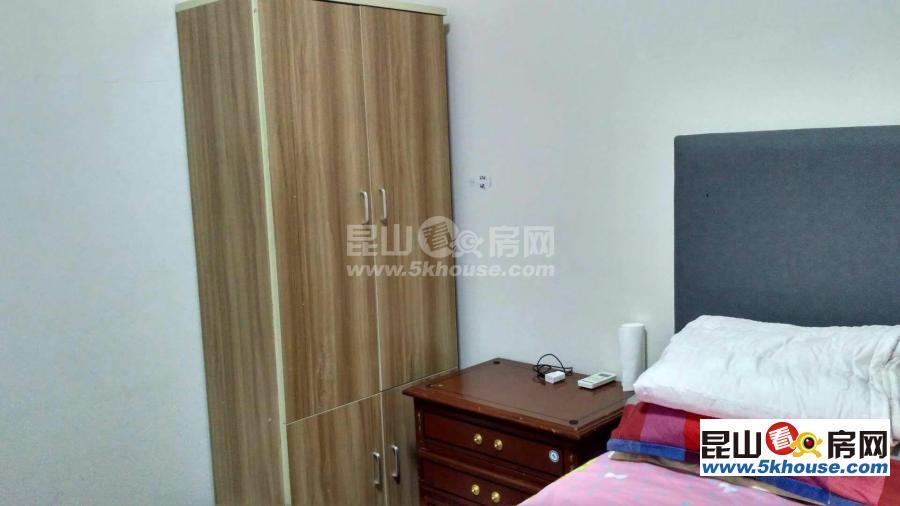 锦尚花苑 1800元月 2室2厅2卫 精装修 ,超值,随时看房
