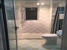 世茂东外滩 2200元月 2室2厅1卫 精装修 ,依山傍水,风景优美