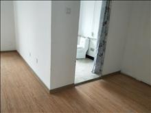 e区 3000元月 4室2厅3卫 简单装修 ,环境幽静,居住舒适
