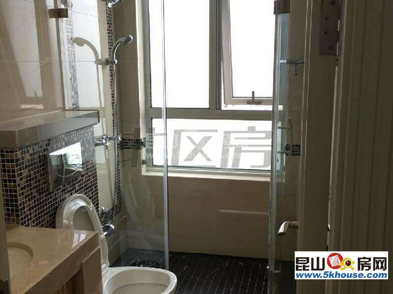 高铁旁 中星城际广场 6600元月 4室4卫 豪华装修 有专用2个车位