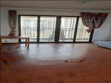 棕榈湾 2500元月 3室2厅1卫 简单装修 ,环境幽静,居住舒适