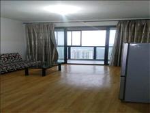 好房出租,赶快行动,新城域花园 1998元月 3室2厅1卫 简单装修
