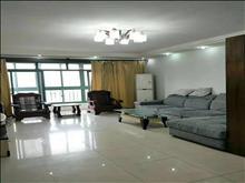 雍景湾 3300元月 3室2厅2卫,3室2厅2卫 精装修 ,依山傍水,风景优美