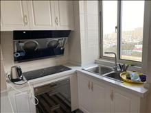 干净整洁,随时入住,国际华城 2500元月 2室2厅1卫,2室2厅1卫 精装修