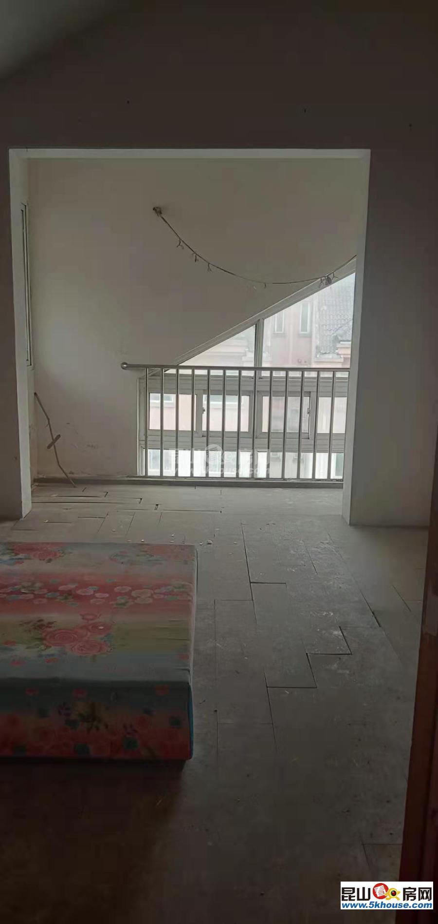 花桥地铁口镇中心小区集善新村 145万 4室2厅2卫 毛坯
