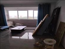 花苑新村 1700元月 2室2厅1卫,2室2厅1卫 精装修 ,环境幽静,居住舒适