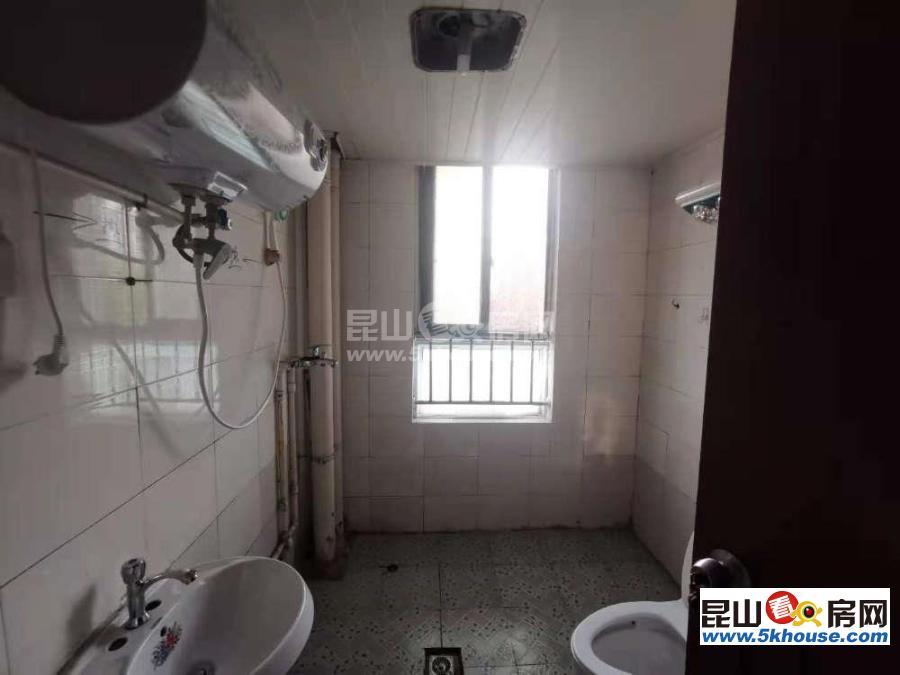 馨悦家园 1700元月 2室2厅1卫,2室2厅1卫 简单装修 全套高档家私电,设施完善