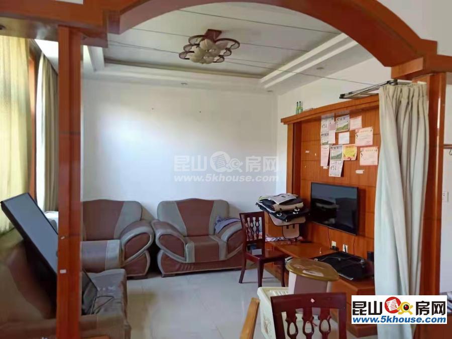 晟泰农民新村 1800元月 3室2厅1卫,3室2厅1卫 精装修 ,少有的低价出租