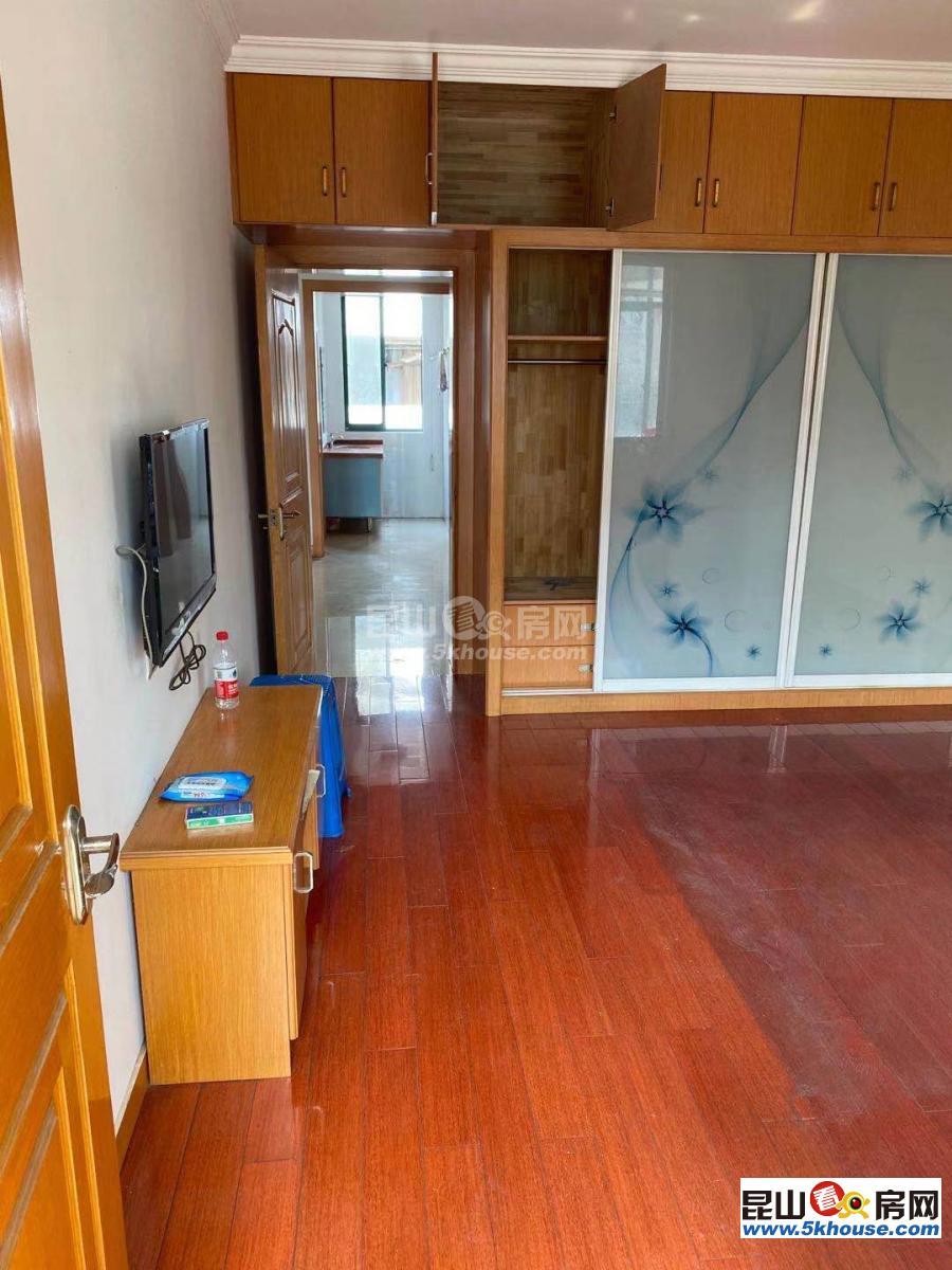 靓房低价抢租,悦来弄 1800元月 3室2厅2卫,3室2厅2卫 精装修
