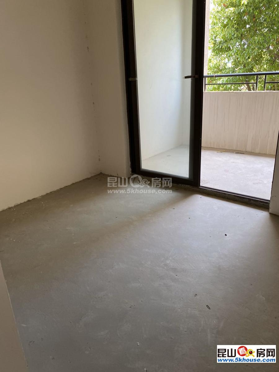 棕榈湾大平层业主急售,房东已经降到最低,在不入手就没了