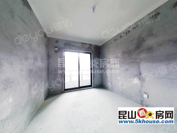 花橋高檔小區,環境好,住戶素質高s1號線地鐵口,可以上海公積金貸款
