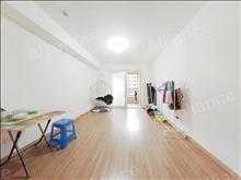 低价三居室 万科魅力花园 1800元月 3室2厅1卫, 简单装修