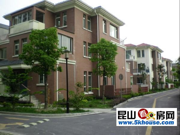 超好的地段,升值潜力大,国际华城 165万 2室2厅1卫 精装修