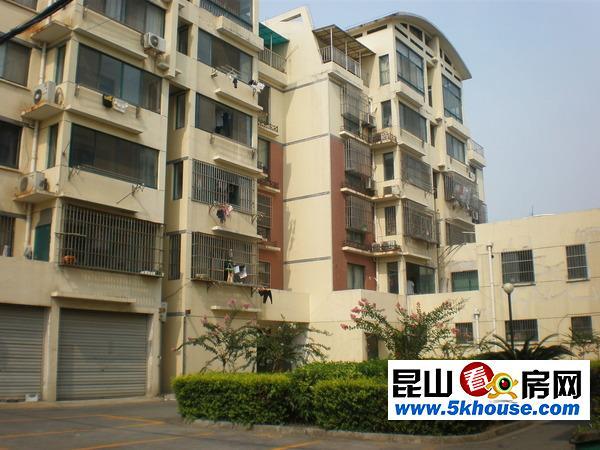 柏庐路沿街商铺  位置好 房型正气 适合自己用或者 年租金10万