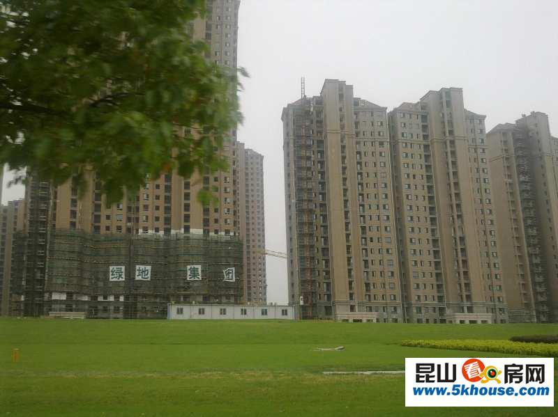 绿地u时代、地铁、学区房急售、93平140万、南北户型、无税3房