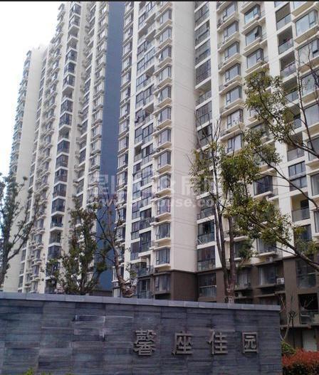 楼层好,视野广,学位房出售,馨座 130万 2室2厅1卫 精装修