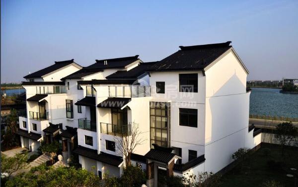 高档小区苏园 315万 5室3厅4卫 毛坯 ,送前后花园.露台