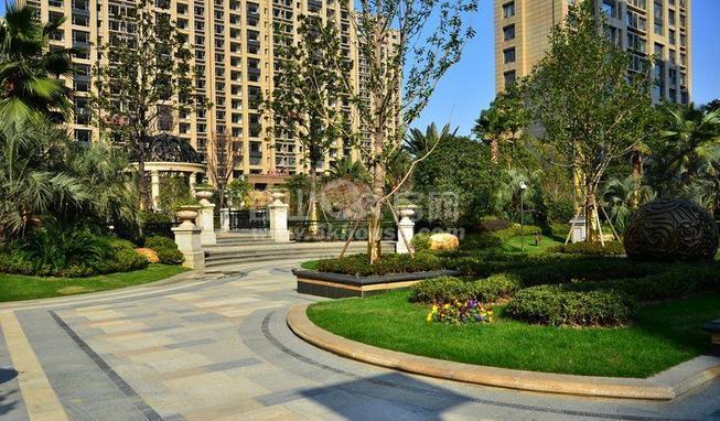 博威黄金海岸 220万 2室2厅2卫 豪华装修 业主急售, 高性价比