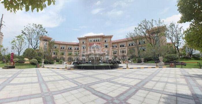 中南世纪城 202万 4室2厅2卫 豪华装修 ,大型社区,居家首选
