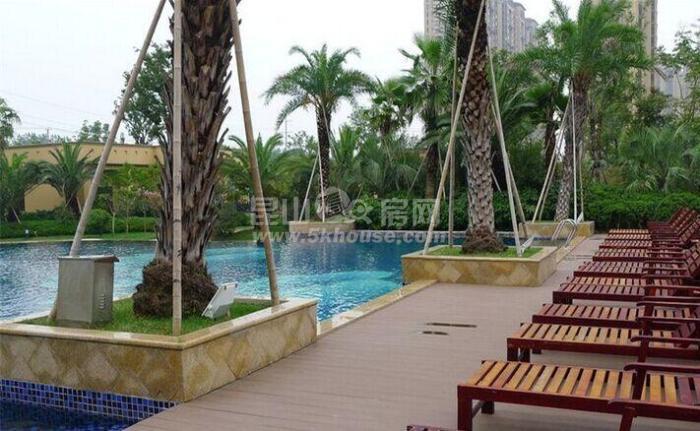 棕榈湾 175万 4室2厅2卫  南北通户型 三开间朝南 南北双阳台