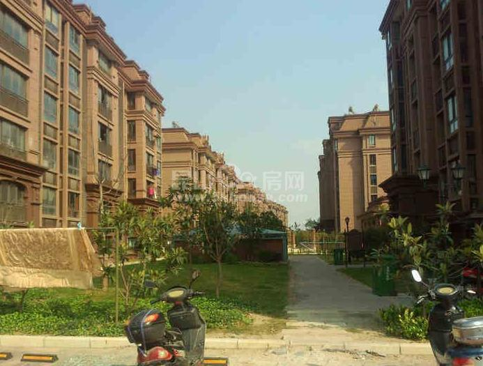淀山湖花园 165万 3室2厅2卫 送阁楼76平方 赶快抢购吧