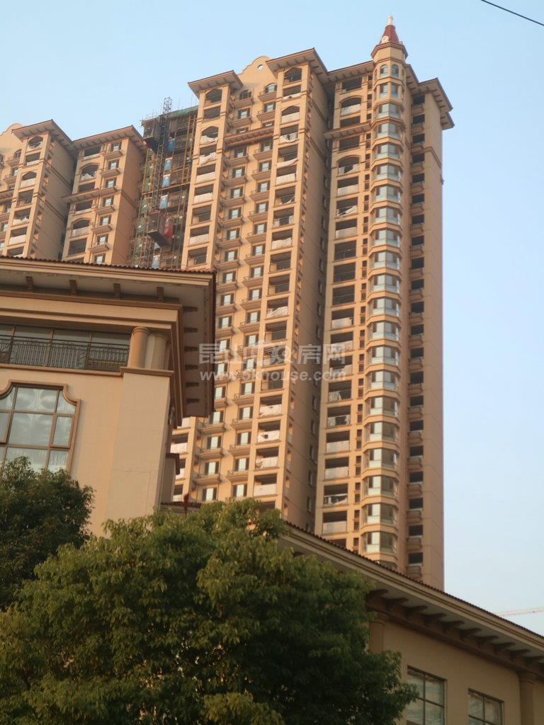 中南世纪城 247万 4室2厅2卫 豪华装修 ,大型社区,居家首选