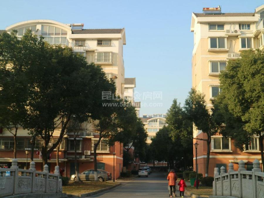 花苑新村 128万 2室2厅1卫 精装修 好楼层好位置低价位