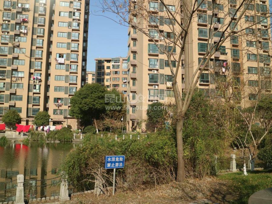 好房金城花园地铁口小高层电梯房,南北直通三房,总价低,看房随时
