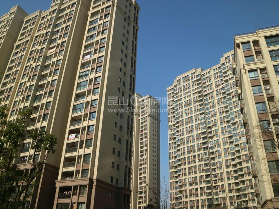 可逸兰亭 145万 3室2厅1卫  ,急售,重点房源绝对好房子