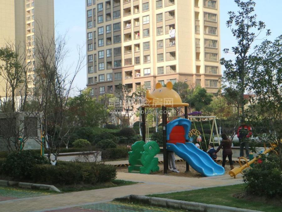 花桥裕花园  南北通透 满两年 精装修 自配商业 幼儿园 轻|轨旁