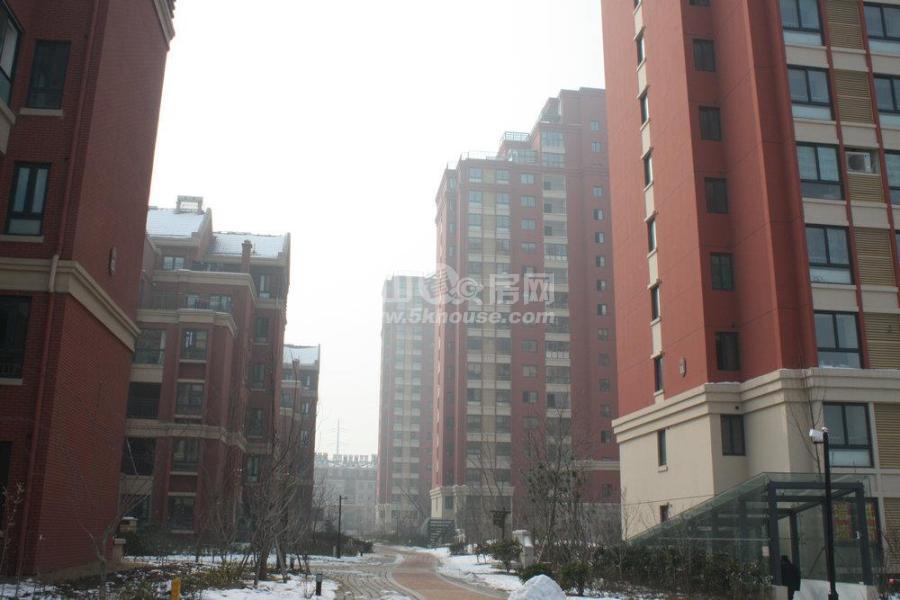 方正名门 永盛广场旁边 可上学 低价机遇房 环境好诚心卖 富士康旁边