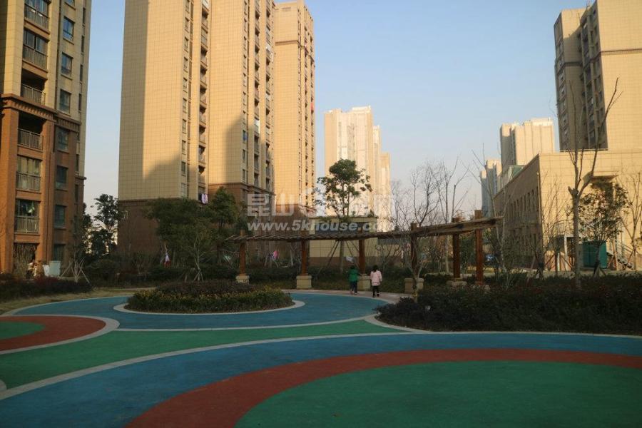 一流景观,低密度花园,阳澄春晓 135万 2室2厅1卫 精装修