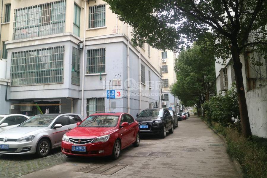 房主出售美馨嘉园 135万 1室2厅1卫 豪华装修 ,潜力超低价