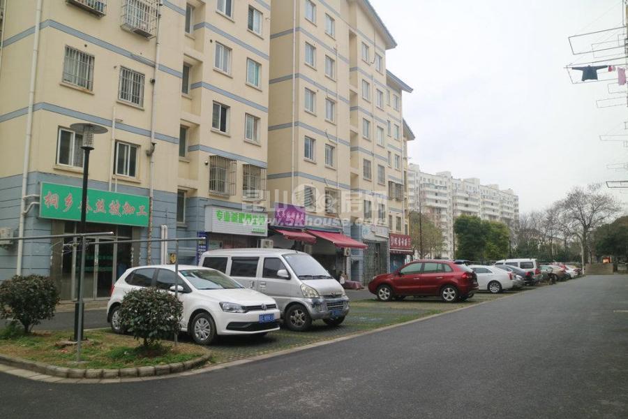 楼层好,视野广,学位房出售,娄邑小区 275万 3室1厅1卫 毛坯
