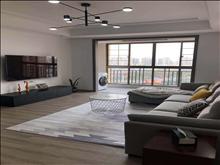 汇金中心7楼102平精装修视野采光好房间格局好随时可看房