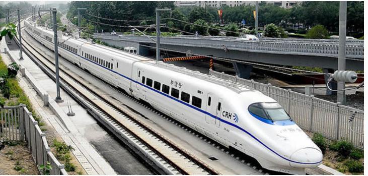 台风影响 今起三天上铁停运数十趟动车组列车