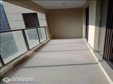 a世茂九溪墅12楼117平方三室二厅满两年238.8万