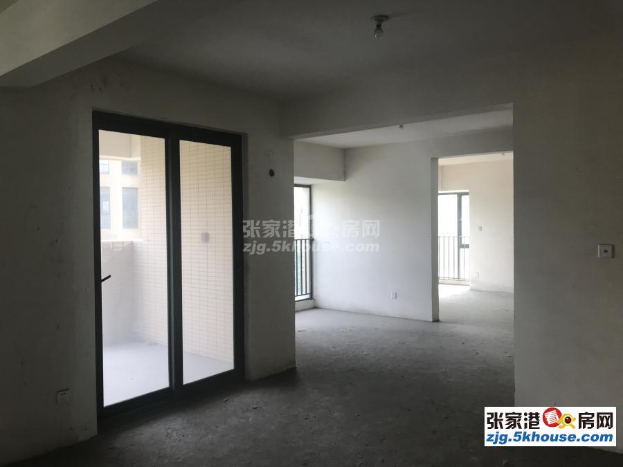 星奕湾电梯7楼141平方 有产权车位 新空房 四室二厅 318万