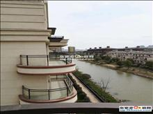急卖--世茂稀缺e墅6楼303平+300平大露台+车位+入户花园+私家电梯
