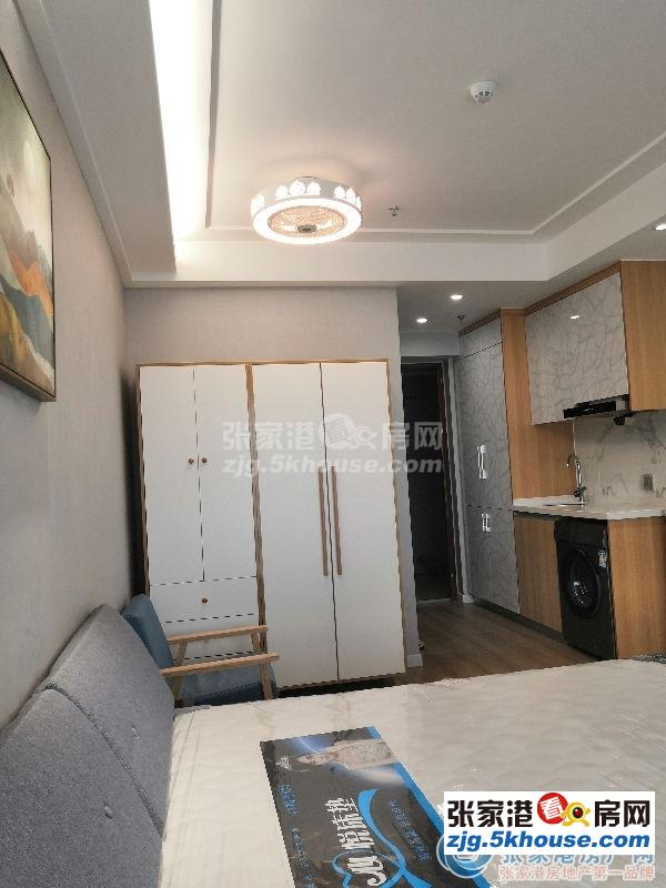万达精装公寓       出租 干净整洁 位置好 周边商业成熟