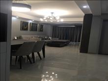 k中联铂悦 6.5万/年 19楼 4室2厅2卫 豪华装修