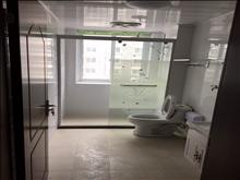 双龙花园1800一个月三室电梯房