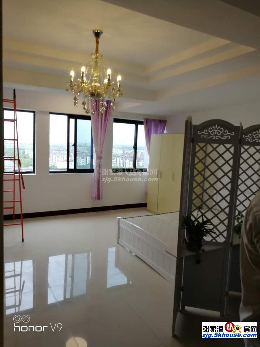 诚心出租凤凰西张台北公馆电梯房单身公寓拎包住有钥匙方便看