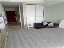 吾悦小公寓15楼38平 1600元/月 1室1厅1卫 精装修