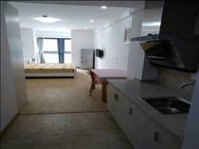 吾悦公寓,7楼,精装,42.5平,租金2.2万一年