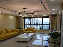 美辰壹号星河湾 22楼 两室现代精装,高档住宅,拎包入住