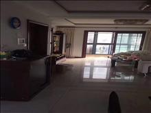 金地华城6楼 106平 精装修 200万 满2年 保养的好 拎包入住