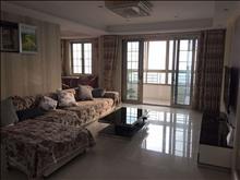 一线湖景房,湖滨国际 6666元/月 3室2厅2卫 豪华装修 ,首次出租