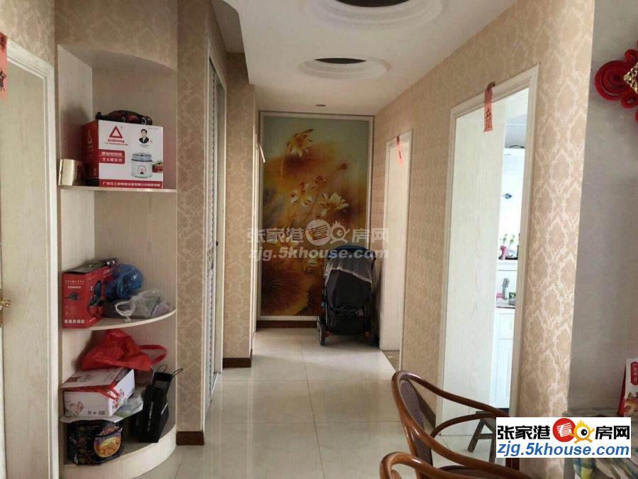 彩虹苑 4楼 142平  婚房精装 中央空调装修不到两年 一口价115万