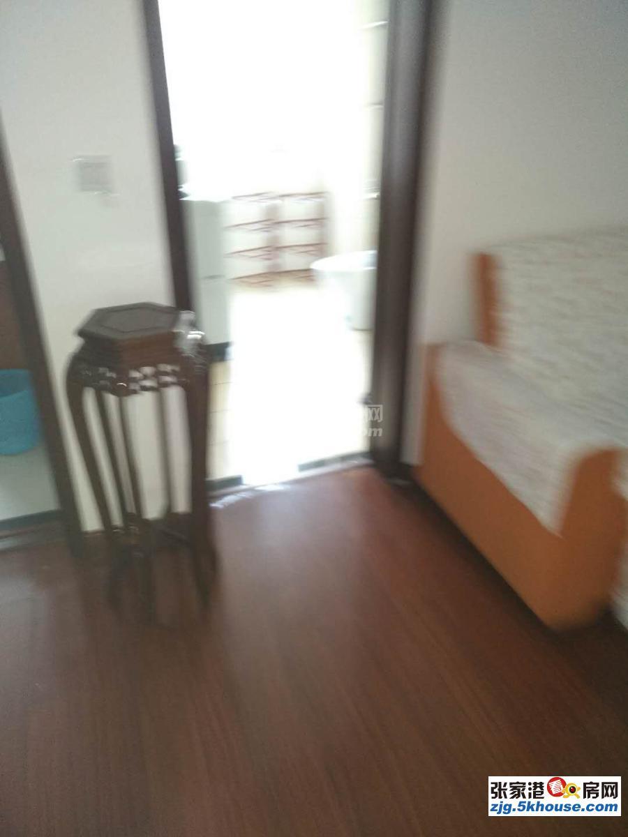 前溪花园2楼2室一厅85平方